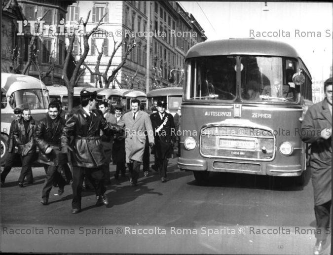 Roma sparita foto storiche di roma viale castro pretorio for Affitto appartamento castro pretorio roma