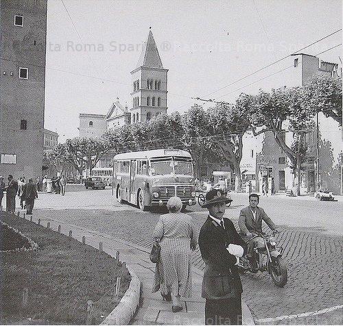 Piazza Gioacchino Belli
