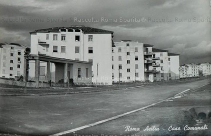 Acilia - case comunali