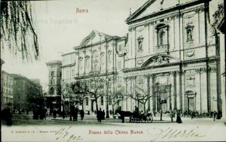 Piazza della Chiesa Nuova