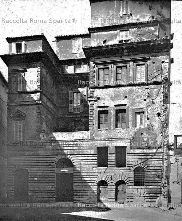 Palazzo Regis