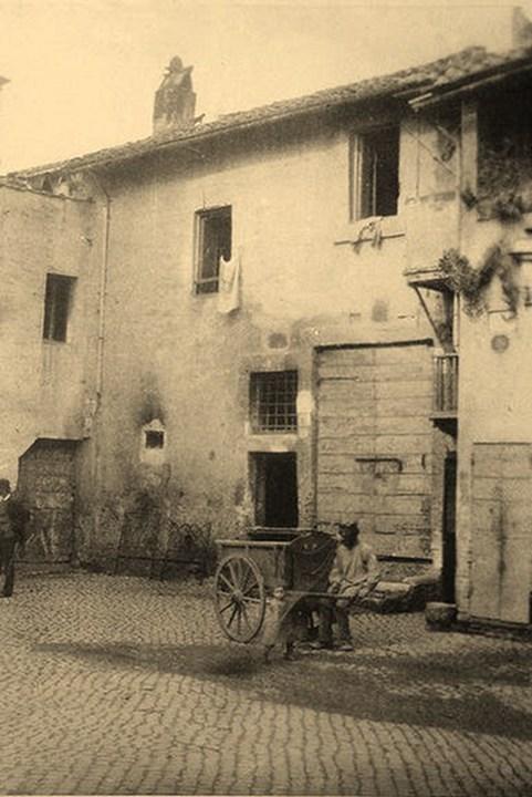 Via della Lungarina