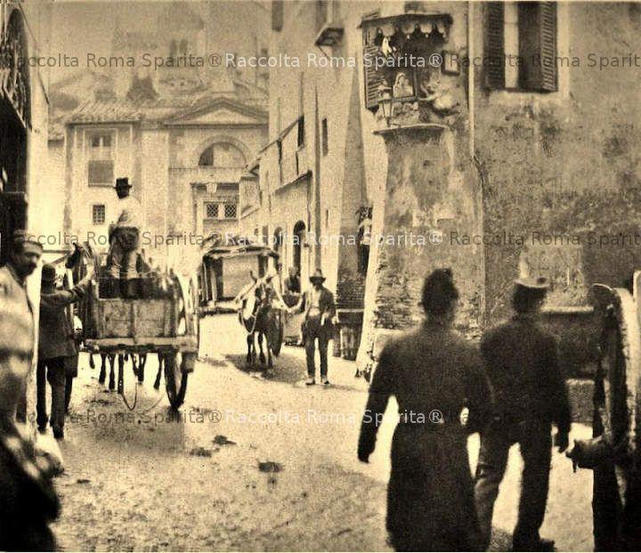 Piazza in Piscinula