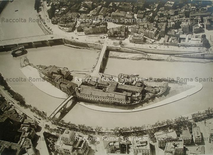Vista aerea dell'isola Tiberina