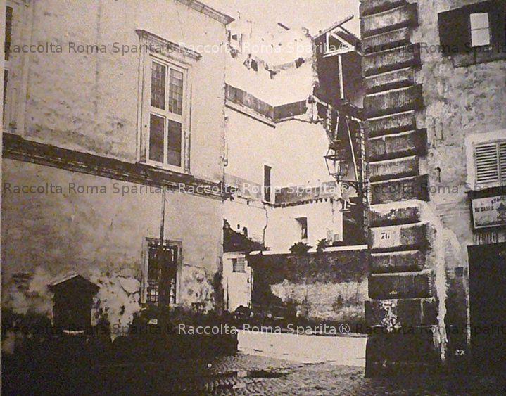 Piazza Scossacavalli
