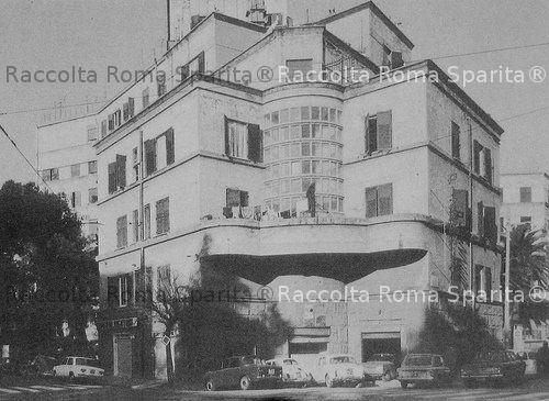 Piazza Geremia Bonomelli