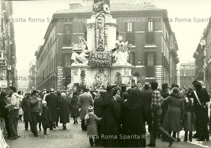 Piazza Mignanelli
