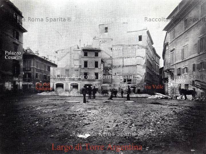 Largo di Torre Argentina