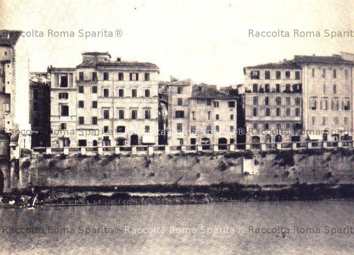Piazza di Ponte