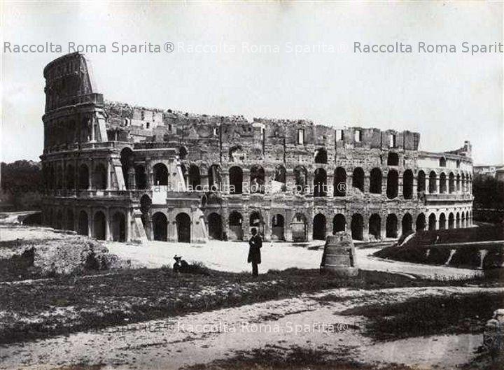 Il Colosseo e la Meta Sudans