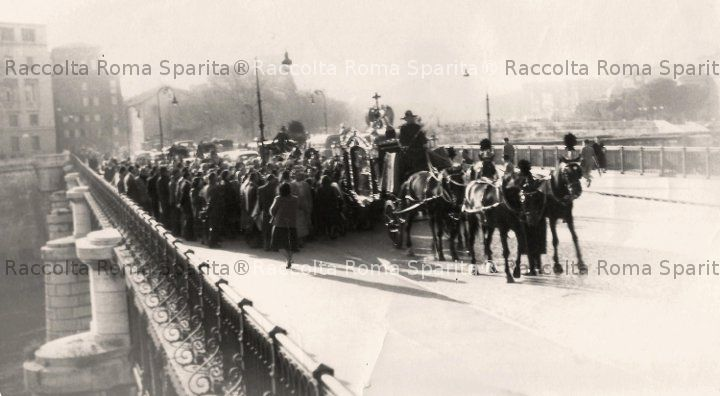 Funerale a Ponte Palatino