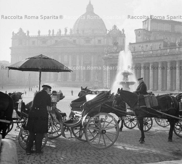 Vetturini a piazza San Pietro