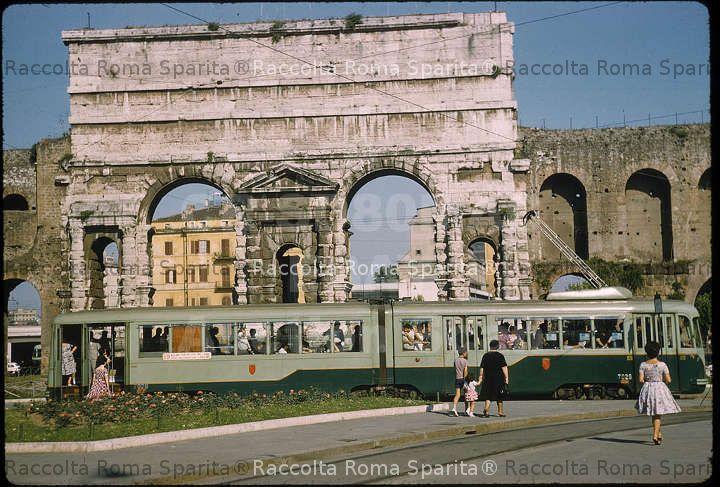 Roma sparita piazza di porta maggiore for Porta maggiore