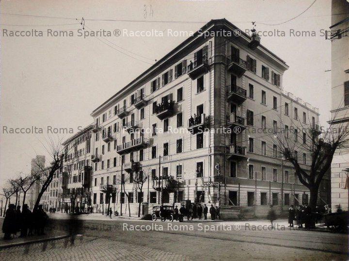 Via Emanuele Filiberto, angolo via Petrarca