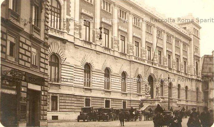 Roma sparita piazza del parlamento for Parlamento rome