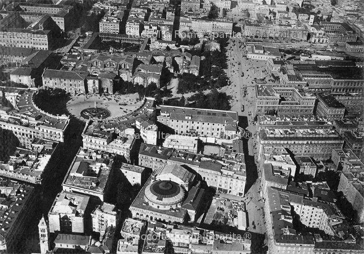 Piazza dell' Esedra