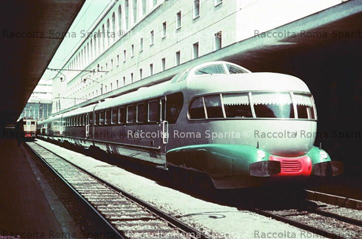 Roma Termini - Elettrotreno ETR 250