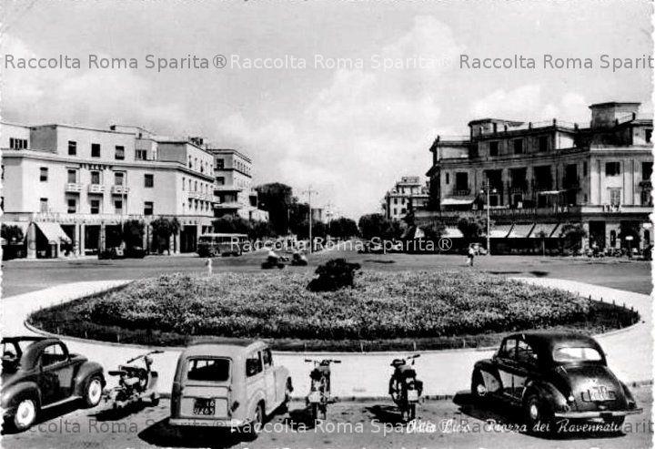 Ostia - Piazza dei Ravennati