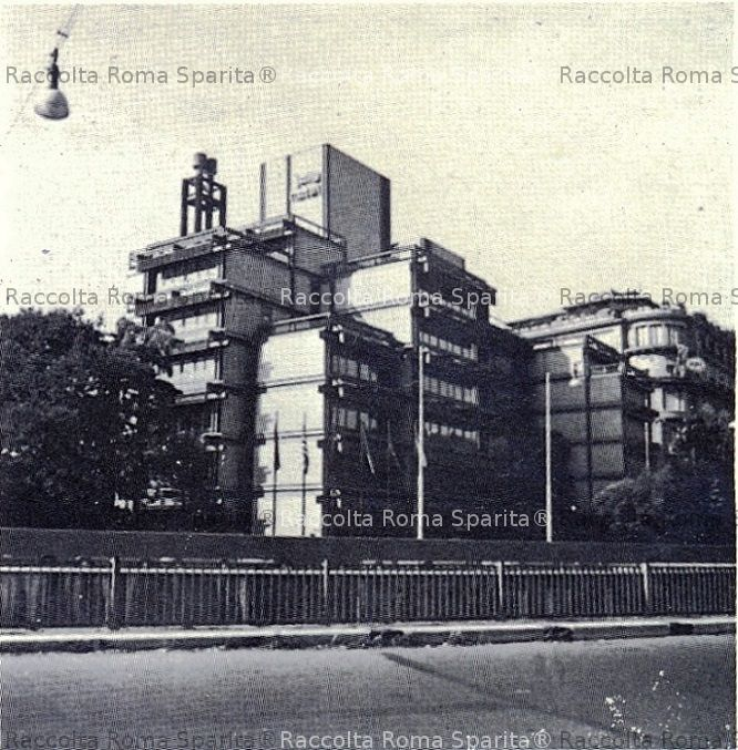 Roma sparita corso d italia for Corso arredatore d interni roma
