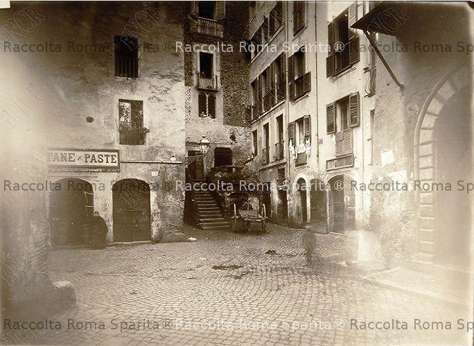 Piazzetta Rua
