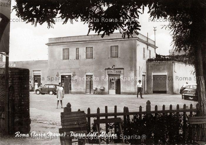 Piazza degli Alcioni