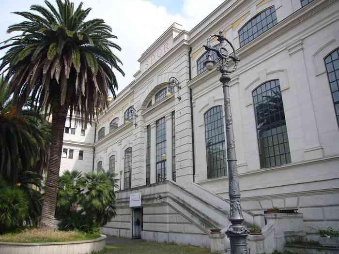 La facciata della Centrale Montemartini
